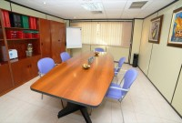 sala de juntas clinica málaga alquiler